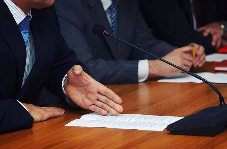 Opioid Commission Demands Insurance Companies Cover Treatment